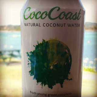 Loving this drink for these long hot summer days, or refuel after a surf before Mahi. #CoastalkitchenNZ #cococoastnz #cococoast #coconutwater #foodtruck #Tutukakacoast #ngunguru #refuel #feelsgood #surf